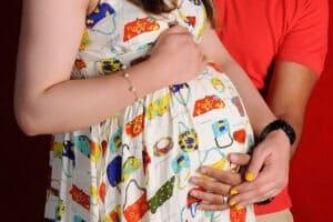 تغذیه بارداری، یبوست در بارداری، بهداشت دوران بارداری، تهوع بارداری